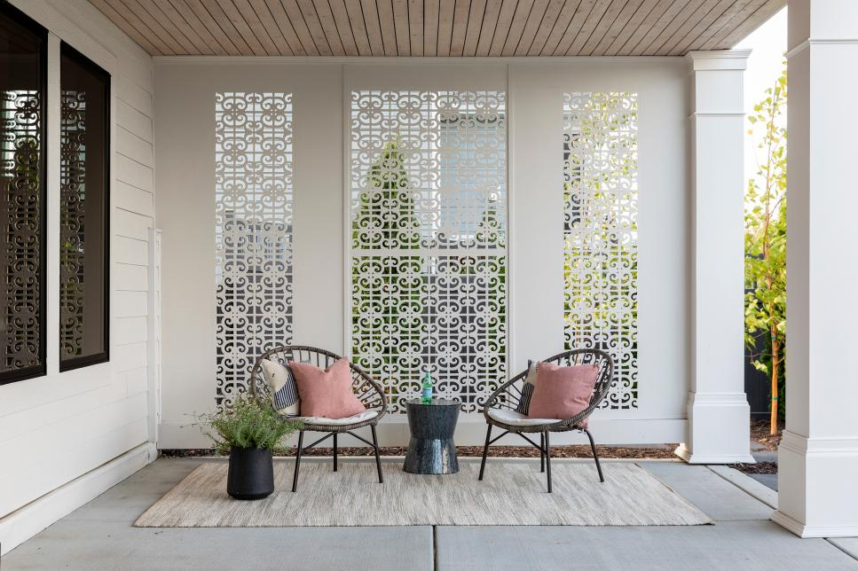 15 Ways to Dress Up Your Apartment Deck or Patio