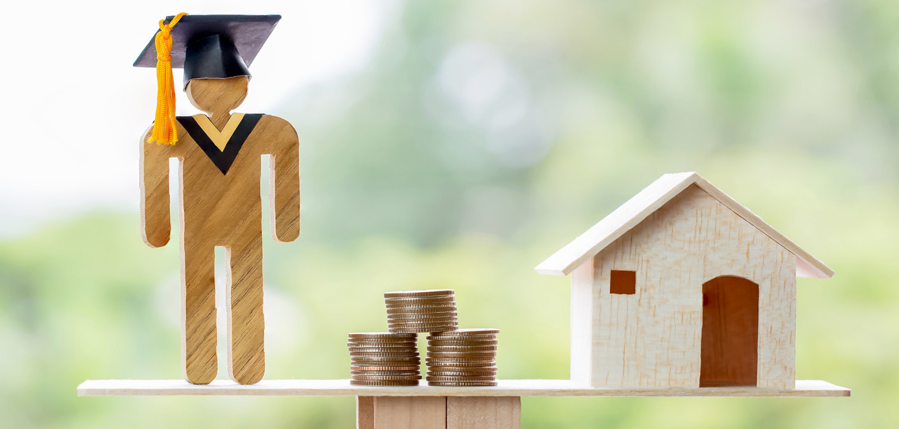 Some States Will Pay Home Buyers' Student Loans